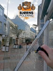 vinduespudsning erhverv - butik i kolding centrum